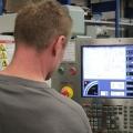 Trapleuning ILLUNOX® productie computergestuurd werken
