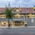 Handlauf mit LED Rathaus Wijchen ILLUNOX 1