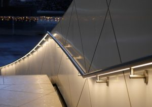 BLOG: LED-Handlauf als Beleuchtungslösung